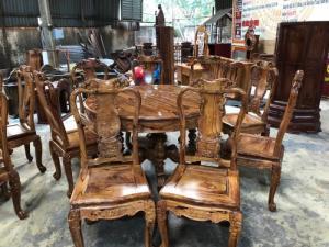 Bộ bàn ăn gỗ cẩm lai xịn 8 ghế giá mùa corona