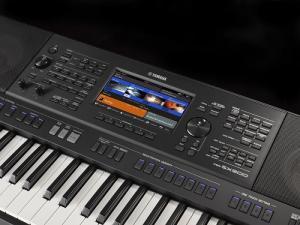 Organ Yamaha SX900