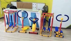 Cung cấp dụng cụ tập thể dục, thể thao cho trẻ em vận động, vui chơi
