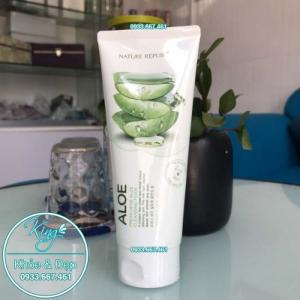 Sửa Rửa Mặt Nature Republic Aloe Fresh Herb Aloe Cleansing Foam