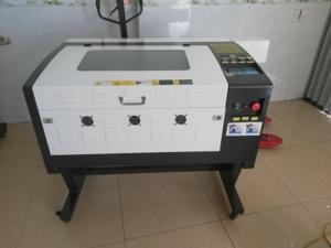 Máy laser 6040 dùng main rd điều khiển trực tiếp trên máy tiện dụng