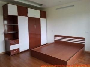 Đóng giường gỗ công nghiệp / Giường ngủ giá rẻ cho căn hộ, chung cư tại tphcm
