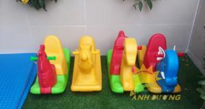Cung cấp bập bênh mầm non dành cho trẻ em vui chơi, vận động