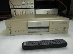 CD SONY X777ES