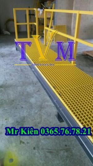 Tấm sàn dùng làm lối đi trên mái nhà xưởng, sàn frp grating làm sàn thao tác