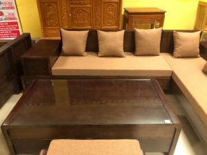 Sofa nệm góc dáng cong nghệ thuật gỗ sồi giá tốt tại Sài Gòn
