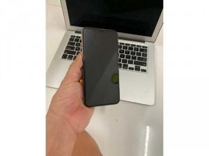Iphone 11 Pro Max 64gb gold lock như mới Bh lâu