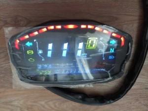 Đồng hồ điện tử xe Ducati