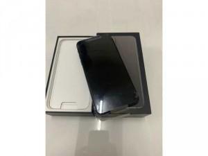 Iphone 11 Pro Max 64gb đen new nguyên seal chưa active