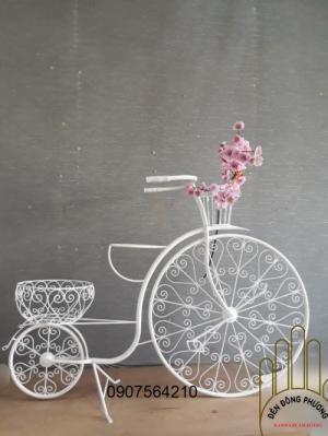 Xưởng sản xuất xe đạp sắt hoa văn