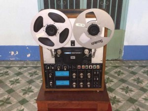 Tân Audio biên hoà  Đầu băng cối AKAI GX-400 D ( Hàng đẹp 2 mắt xanh zin nguyên bản)
