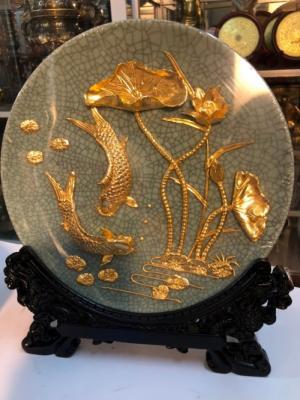 Đĩa cá chép mạ vàng 24k,nền gốm