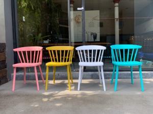 Ghế đẹp nhiều màu giá tại xưởng..