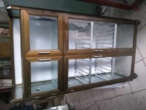 Tủ nhôm kính chén bát có 2 màu nhôm