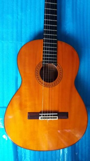 Yamaha clasical guitar model C 400A