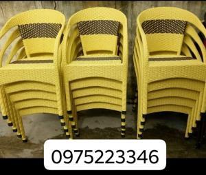 Xả lô ghế mây giá cực rẻ.