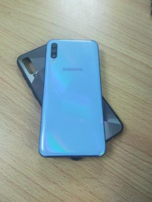 Samsung A70 Ram 6/128GB chính hãng đẹp keng