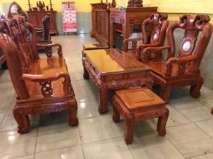 Bộ bàn ghế hương đá vai cong chạm đào đẹp 6 món tay 12