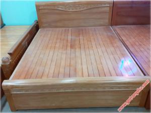 Giường gỗ đinh hương kẻ chỉ dát phản 1m6