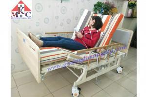 Các mẫu giường bệnh điều khiển bằng điện giá chỉ 10.5tr