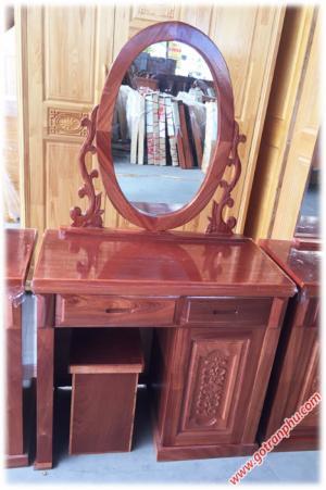 Bàn trang điểm giá rẻ gỗ xoan đào gương hình oval