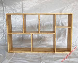 Kệ sách treo tường đẹp gỗ cao su màu gỗ tự nhiên 1m4