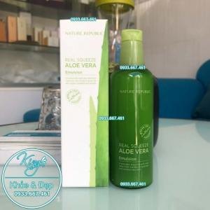 Sữa Dưỡng Nature Republic Real Squeeze Aloe Vera Emulsion