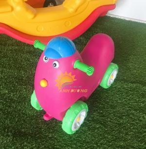 Xe chòi chân 4 bánh hình con vật đáng yêu cho trẻ em mầm non