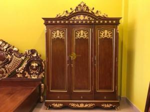 Tủ áo cổ điển dát vàng 1,8×2,5m