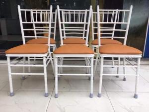 Ghế nhà hàng giá rẻ tại xưỡng sản xuất..