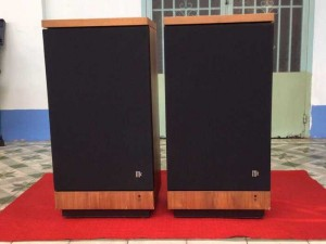 Tân Audio Biên Hoà Loa Mcintosh XR-5 (Hàng Ship từ USA)
