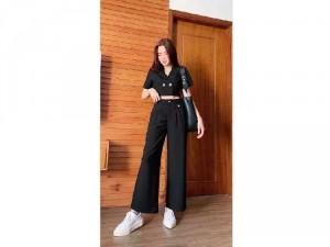 Set đen áo croptop cổ vest quần culottes