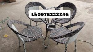 Sản xuất bàn ghế nhựa giả mây,bàn ghế sắt các loại,sản phẩm cty làm chất lượn