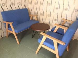 Bàn ghế cafe giá rẻ khách có nhu cầu xin lh mình