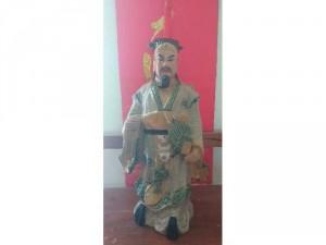 Tượng gốm men rạn Khổng Minh