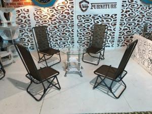 Công ty chúng tôi hiện đang sản xuất và cung cấp các sản phẩm bàn ghế..