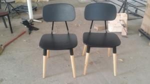 Ghế nhựa chân gỗ giá rẻ tại xưởng..