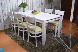 Bàn ghế dùng cho quán café,nhà hàng giá cực rẻ..