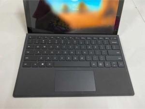 2020-06-05 20:42:35  2  Surface Pro 7 Max cấu hình i7 16gb 512gb keng còn bh lâu 32,000,000