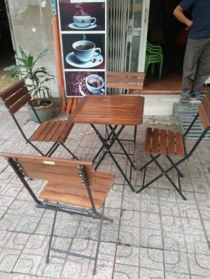 Bàn ghế cafe giá rẻ khách có nhu cầu xin lh mình nha.18