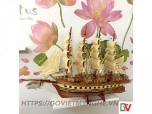 Mô hình thuyền gỗ trang trí tàu France II - Thân tàu dài 60cm - Loại 1