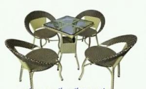 Bàn ghế cafe giá rẻ chuyên sản xuất tại xưởng khách có nhu cầu xin lh mình 02