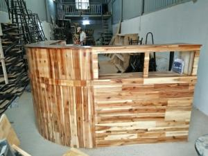 Quầy gỗ tự nhiên bền và rẻ giá tại xưởng..