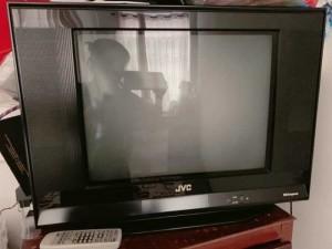 Tivi JVC Slim art 21 inch còn rất mới thanh lý