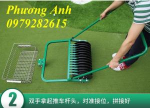 Xe nhặt bóng golf đẩy tay