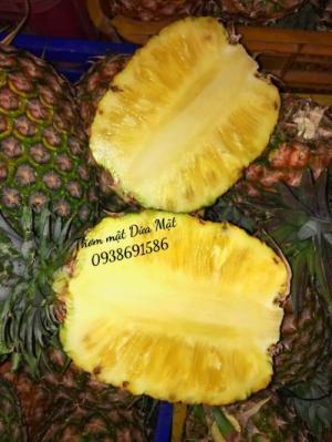 Thơm mật trái 3kg