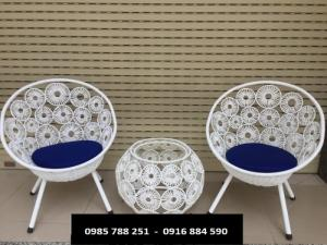 Bàn ghế đồng màu trắng làm tại xưởng sản xuất anh khoa 3423