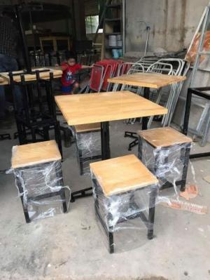 Ghế gỗ chân sắt nhiều mẫu đa dạng đẹp rẻ giá tại nơi sản xuất..