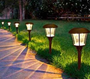 Đèn nấm chiếu sáng sân vườn