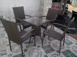 Bàn ghế cafe chuyên sản xuất tại xưởng khách có nhu cầu xin lh mình nha;